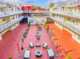 Glen Burnie Town Apartments - Glen Burnie