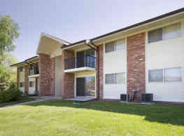 River Place Apartment Homes - Brown Deer
