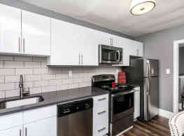 SilverBrick Townhomes - Dundalk