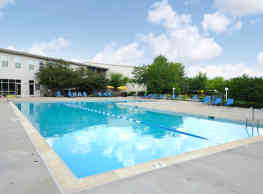 HighPoint Apartments - Romeoville