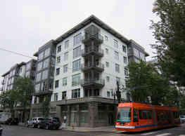 10th @ Hoyt - Portland