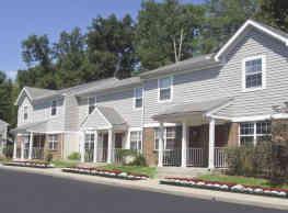 Thomaston Woods Apartments - Amelia