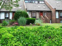 Briarwood Hill Apartments - North Haven
