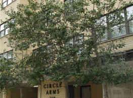 Circle Arms Apartments - Washington