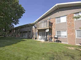 The Fairways Apartments - Fitchburg