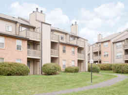 Westchase Apartments - Creve Coeur