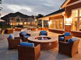 Highcroft Apartments - Simsbury