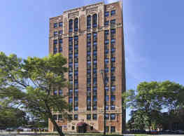 7300 Venture Apartment Homes - Chicago