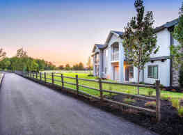 Eagle River Luxury Living - Eagle