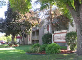 Johnson Parkway Apartments - Saint Paul