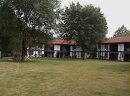 Tudor Park Apartments - Morris