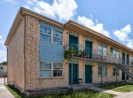 Sandpiper Cove Apartments - Galveston