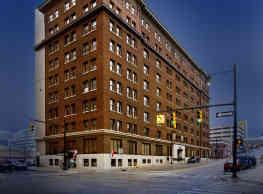 Lofts at 5 Lyons - Grand Rapids