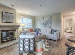 Spinnaker Landing Apartments - Des Moines