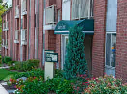 Ridge View Apartment Homes - Rosedale