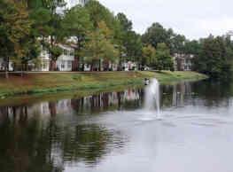 WillowBend Lake Apartment Homes - Baton Rouge