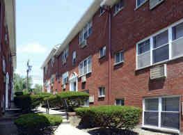 Lynn York Apartments - Irvington