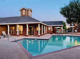 Country Oaks Apartments - San Marcos