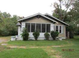 905 W 27th Ave - Pine Bluff