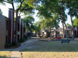 Villas at Tenison Park - Dallas