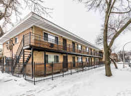 8901 S Cottage Grove Ave - Chicago
