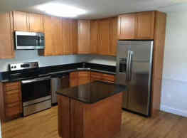 Randolph Square Apartments - Rockville
