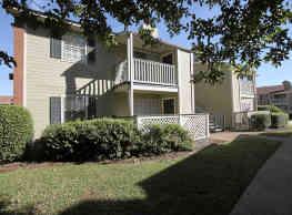 Northtown Apartments - Jackson