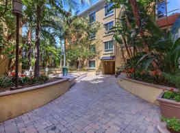 Meridian Place Apartment Homes - Northridge