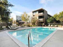 Carmel House - Walnut Creek