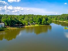 Breathtaking views available of beautiful Martin Lake in these stunning Roswell, GA Apartments.