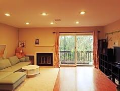 living room pic1.jpg