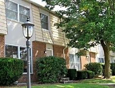 Woodland Park Apartments in Williamsport, PA