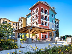 Redwood City's Premier Waterfront Apartments