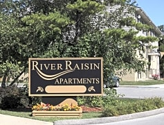 River Raisin Apartments