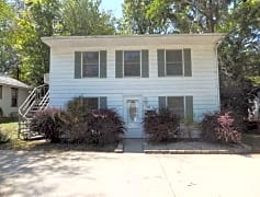 108-S-Clark-Street-Rental-Home-Bloomington1.jpg
