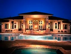Luxurious pool/spa and clubhouse