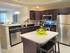 Newly Renovated Kitchen!