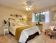 bedroom111.jpg