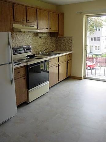 University Park Apartments - 74 Beaver Street | Worcester ...