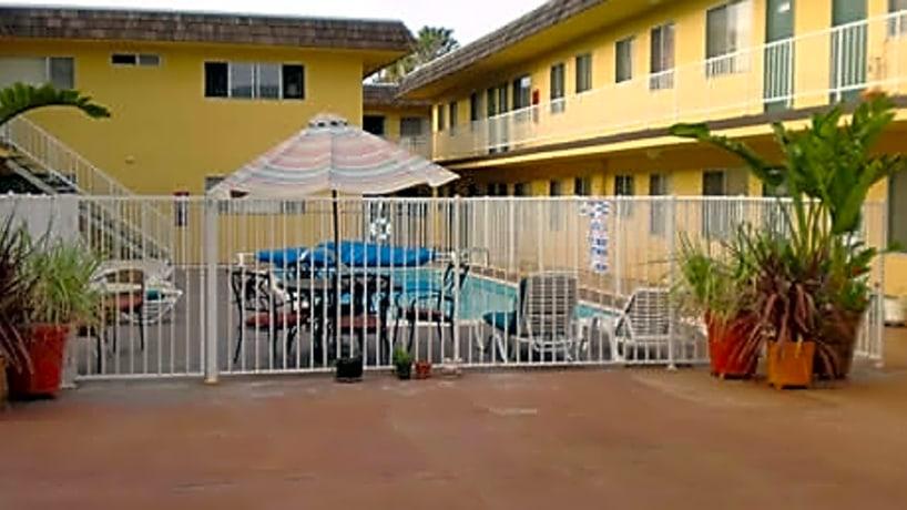 Emerald 3621 Emerald Street Torrance Ca Apartments