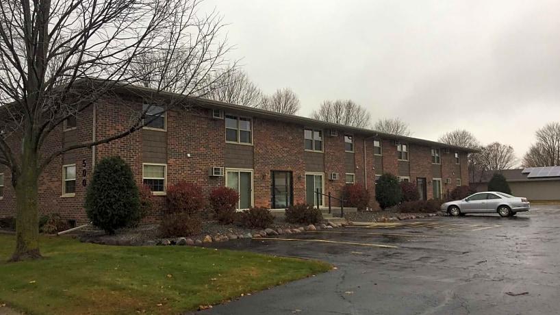 Regency North Apartments 520 E First Avenue Appleton