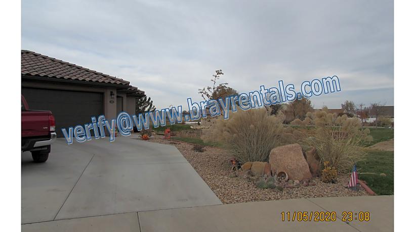 221 Dry Mesa Dr  2-front.jpg