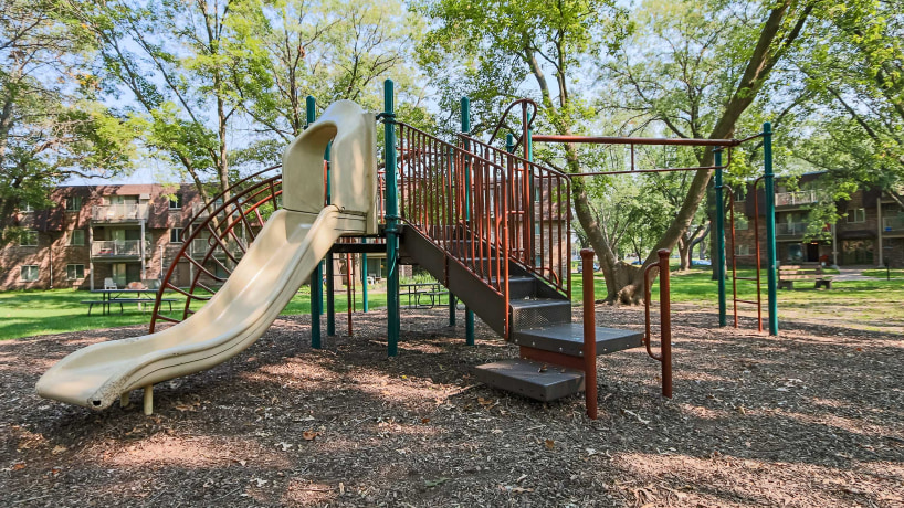 Parkview Estates Apartments - Playground