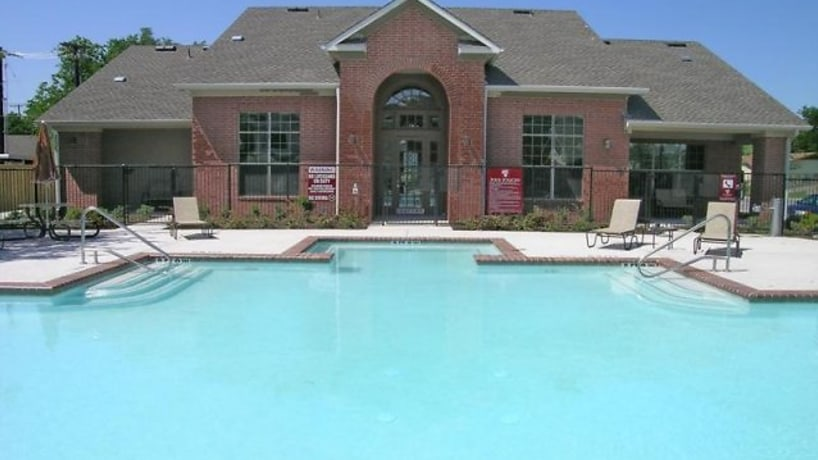 Apartments For Rent in Denton