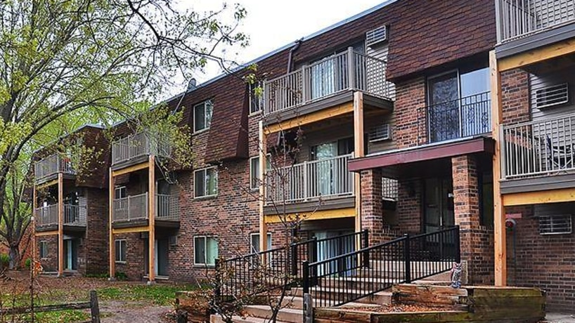 Parkview Estates Apartments - Coon Rapids, MN