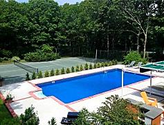Pool, 35 N Quarter Rd, 0