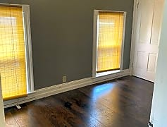 Living Room, 238 E Franklin Ave, 0