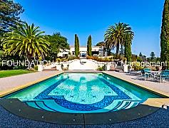 Pool, 75 Santa Margarita, 0