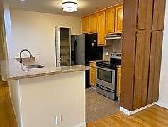 Kitchen, 1125 Cherry Ave, 0