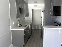 Kitchen, 711 Orange Grove Ave 304, 0
